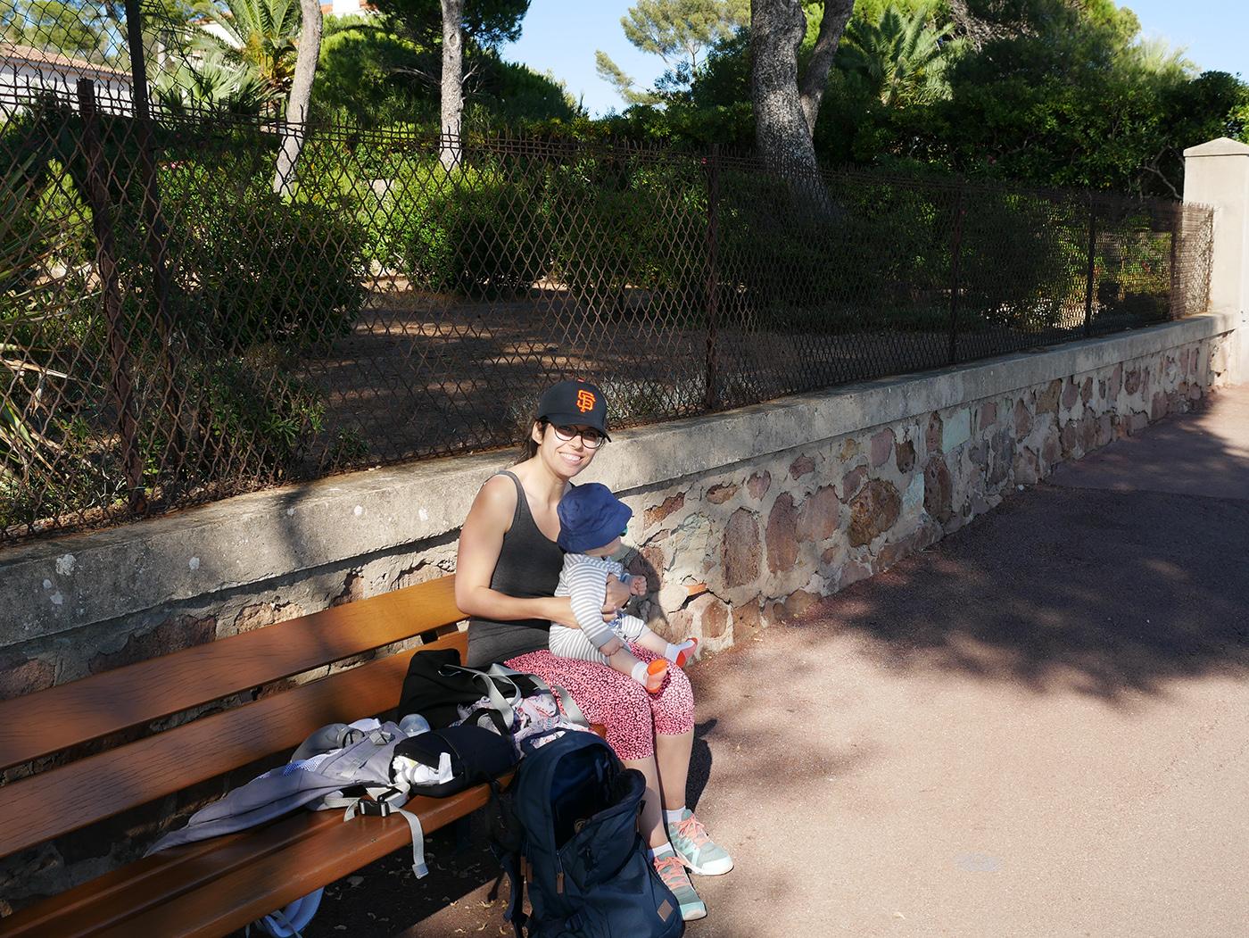 faire manger bébé en voyage