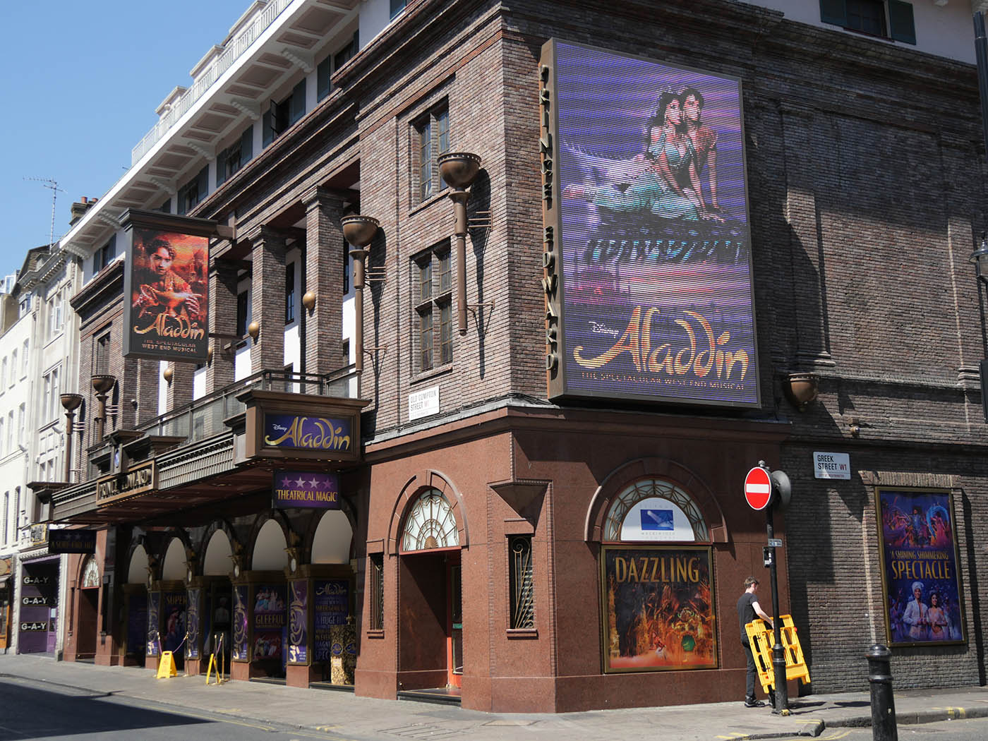 comedie musicale aladdin londres