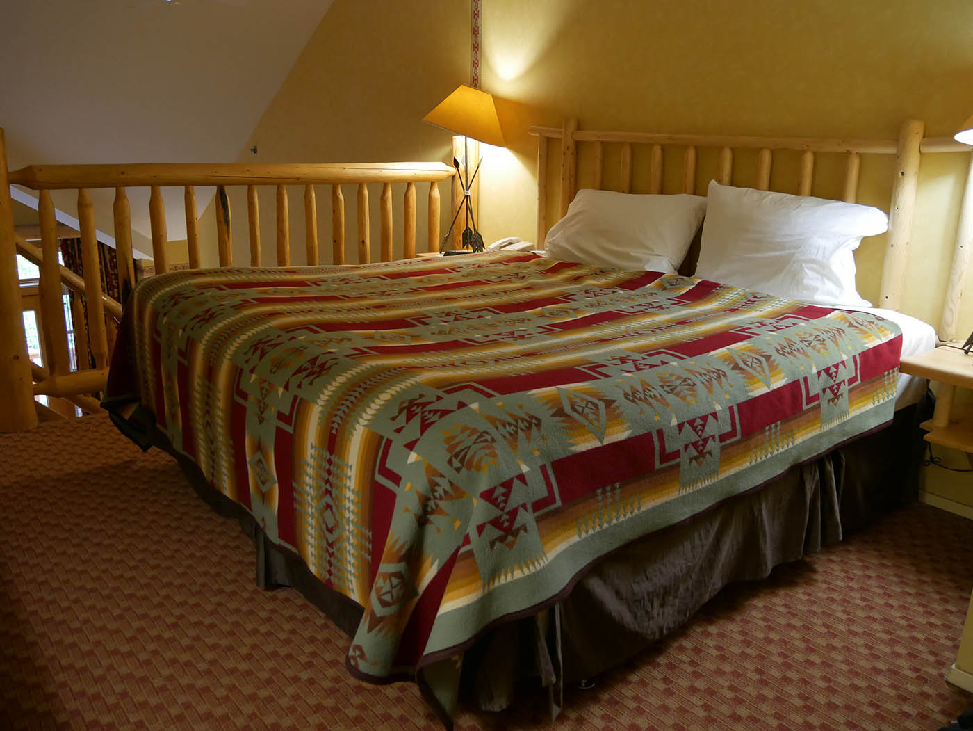 Banff Brewster Mountain Lodge Suite