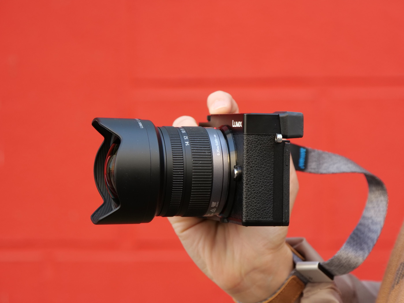 Lumix 7-14 mm Panasonic + Lumix GX9